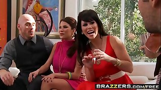 (Aleksa Nicole, Brooklyn Lee, Johnny Sins, Keiran Lee) - Key Party - Brazzers
